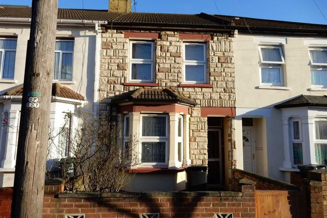 Thumbnail Terraced house to rent in Hartington Road, Southall, Middlesex