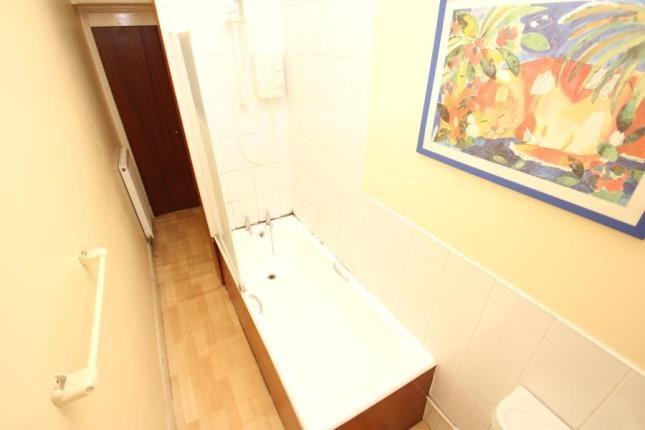 Bathroom of Aberfeldy Street, Haghill, Glasgow G31