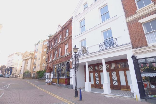 Thumbnail Flat to rent in Grace Hill, Folkestone
