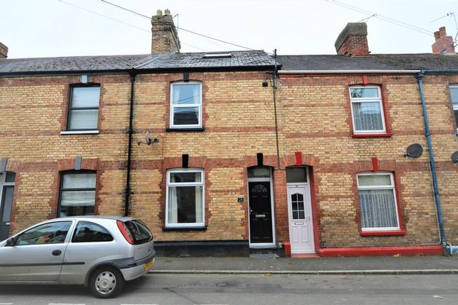 3 bed property to rent in Richmond Street, Barnstaple EX32