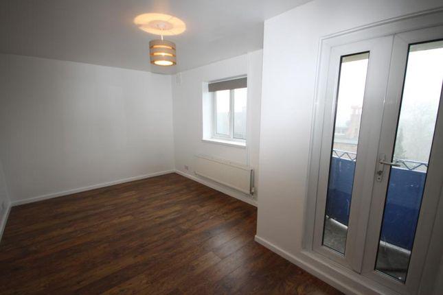 Thumbnail Flat to rent in Baizdon Road, Blackheath