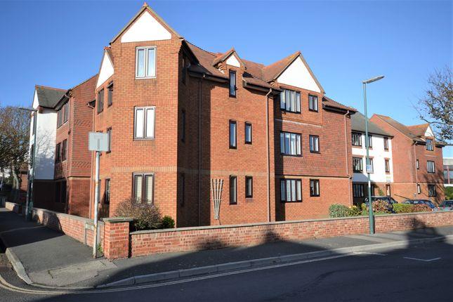 2 bed property for sale in Campbell Road, Bognor Regis PO21