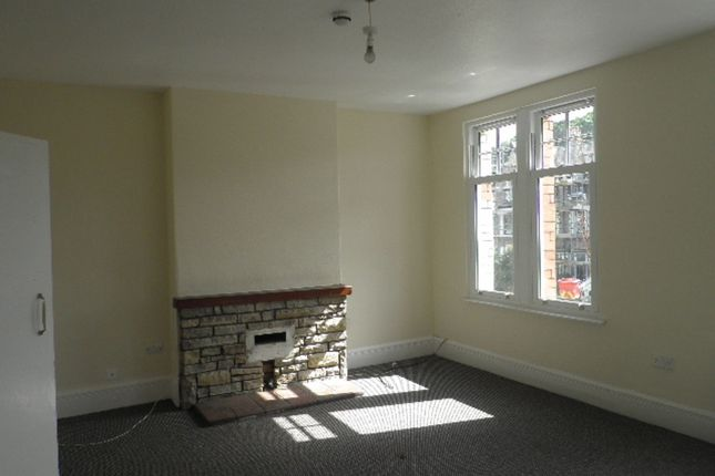 Thumbnail Flat to rent in Abergele Rd Flat 2, Colwyn Bay, Conwy