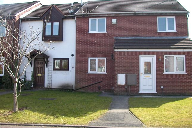 Thumbnail Flat to rent in Charnwood Close, Warrington