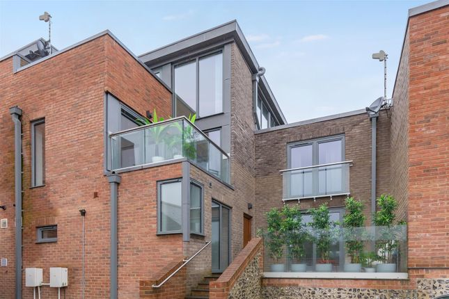 Thumbnail Link-detached house for sale in Broomans Lane, Lewes