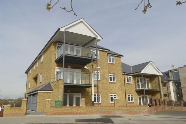 Thumbnail Flat to rent in Wickham Street, Welling, Kent