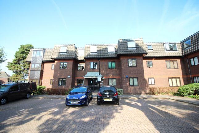 Thumbnail Flat for sale in Woodridge Close, Enfield, Middlesex