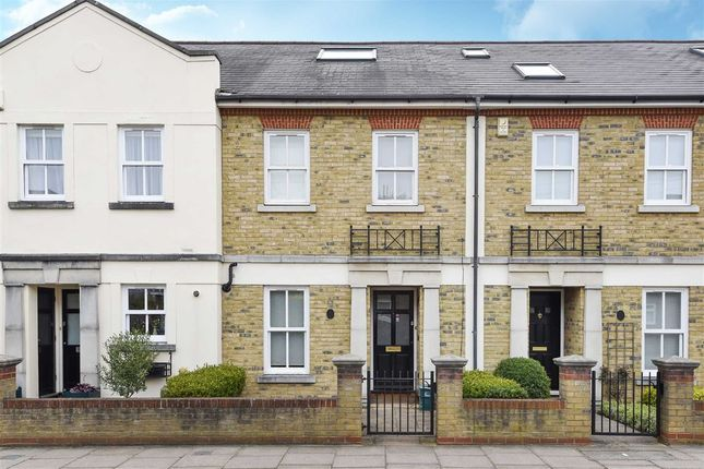 Thumbnail Terraced house for sale in Beauchamp Road, Twickenham
