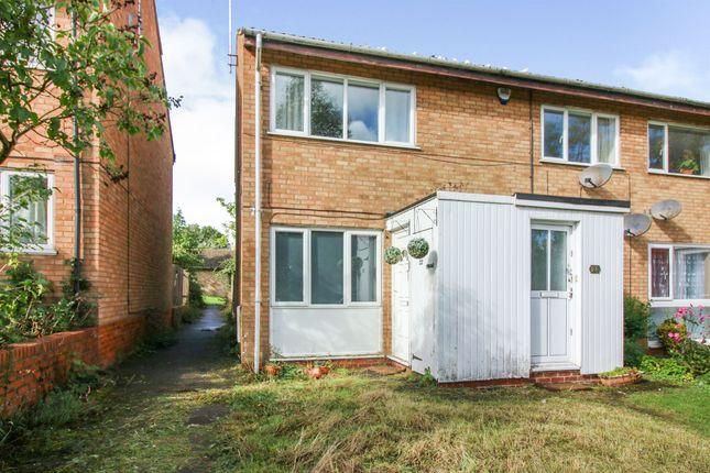 2 bed maisonette for sale in Rowle Close, Stantonbury, Milton Keynes MK14