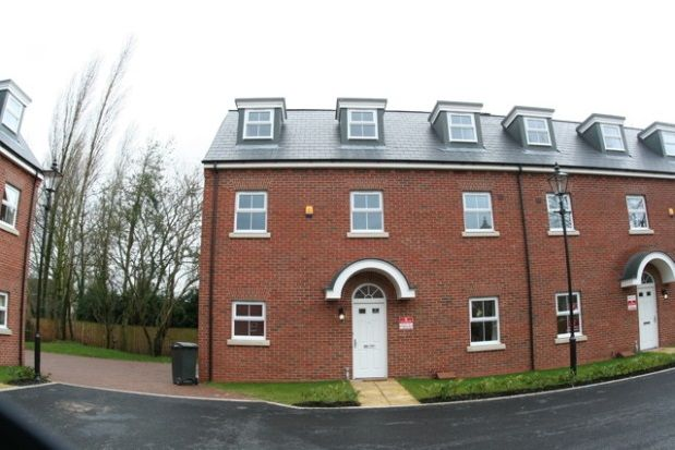 Thumbnail Property to rent in Swinhoe Place, Culcheth