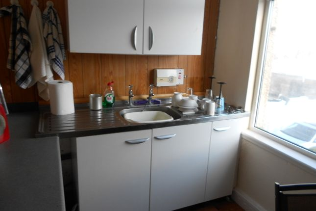 Thumbnail Flat to rent in Suffolk Place, Porthcawl