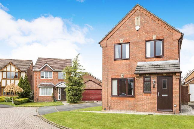 Picture No. 01 of Lowesby Close, Walton-Le-Dale, Preston, Lancashire PR5