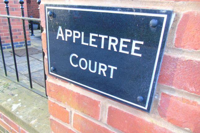 Thumbnail Flat to rent in Town Street, Duffield, Belper