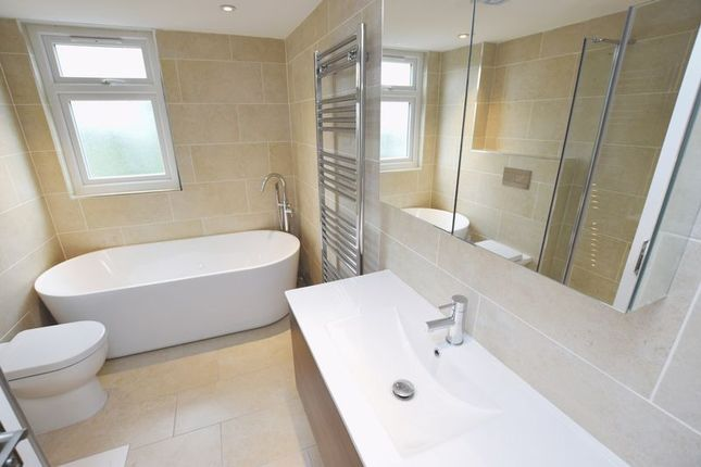 Thumbnail Property to rent in Felix Road, Ealing, London