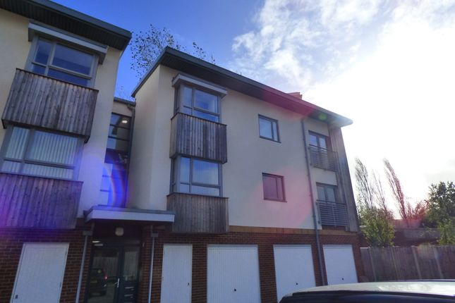 Thumbnail Flat to rent in The Groves, Bristol