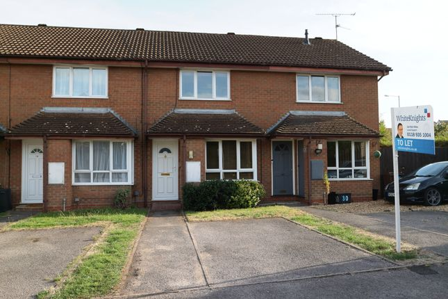 Thumbnail Terraced house to rent in Shackleton Way, Woodley