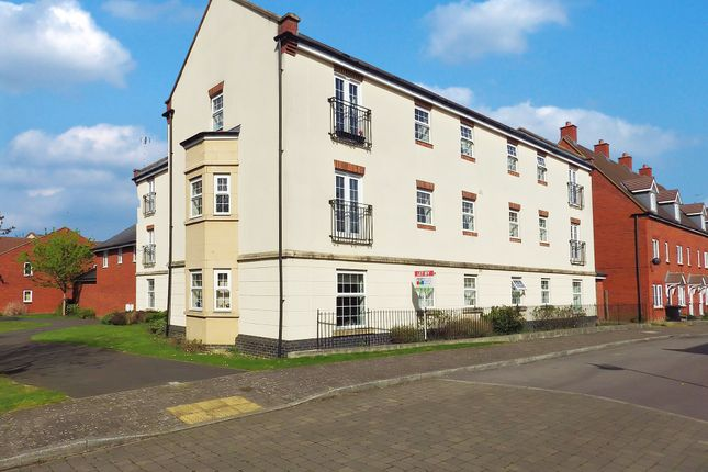Thumbnail Flat to rent in Rigel Close, Swindon, Wiltshire