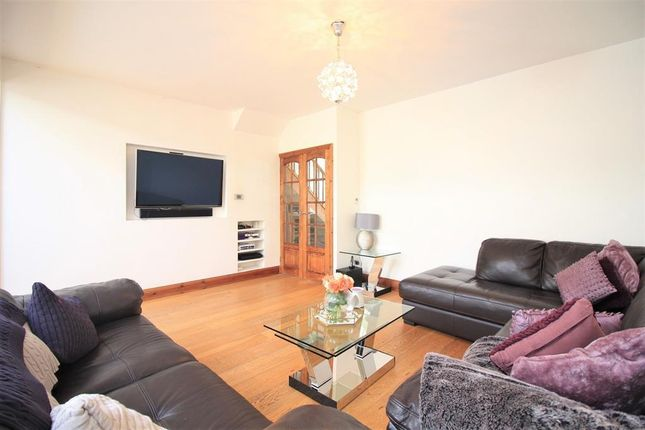 Lounge of Ellington Road, Hounslow TW3
