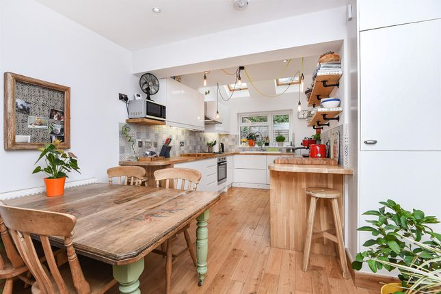 4 bed terraced house for sale in Besley Street, London