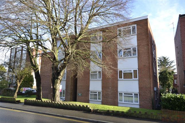Thumbnail Flat for sale in Rossendon Crt, Clarendon Rd, Wallington