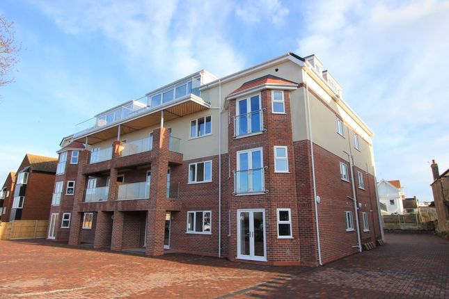 Thumbnail Flat for sale in College Avenue, Rhos On Sea, Colwyn Bay
