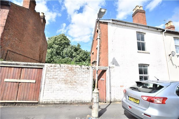 Thumbnail End terrace house for sale in New Street, Gloucester