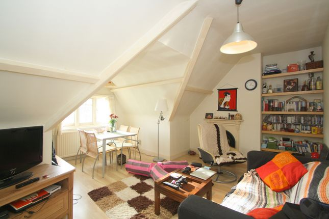 Photo 4 of Onslow Gardens, Muswell Hill N10