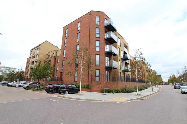 Thumbnail Flat to rent in Oval Court, Pavilion Way, Burnt Oak, Edgware