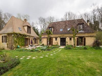 Property for sale in St-Felix-De-Reillac-Et-Mortemart, Dordogne, France