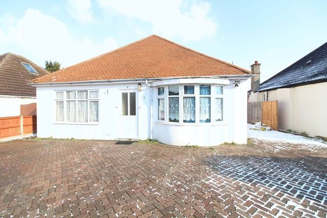 Thumbnail Bungalow to rent in Locarno Avenue, Luton