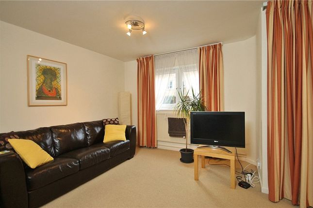 Thumbnail Flat for sale in Nursery Close, Putney