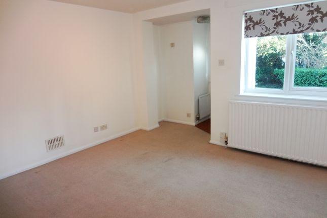 Lounge: of Grange Close, Hertford SG14