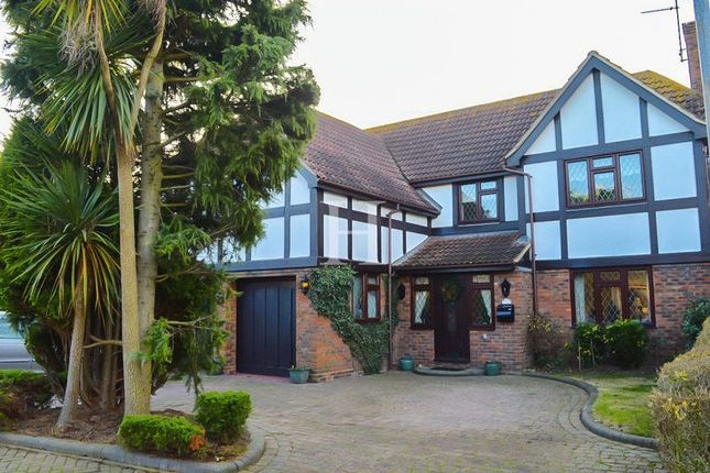 5 bed detached house for sale in Bishopsteignton, Shoeburyness, Essex