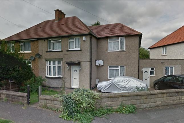 Thumbnail Semi-detached house to rent in Commonwealth Avenue, Hayes