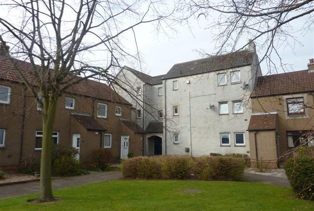 Thumbnail Flat to rent in South Gyle Loan, South Gyle, Edinburgh