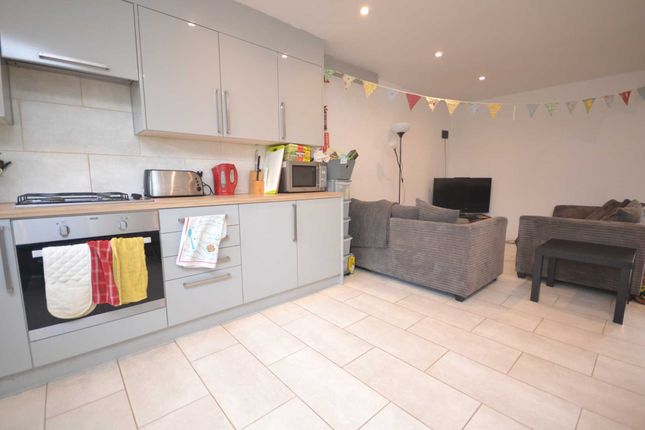 Thumbnail Terraced house to rent in Spring Terrace, Reading