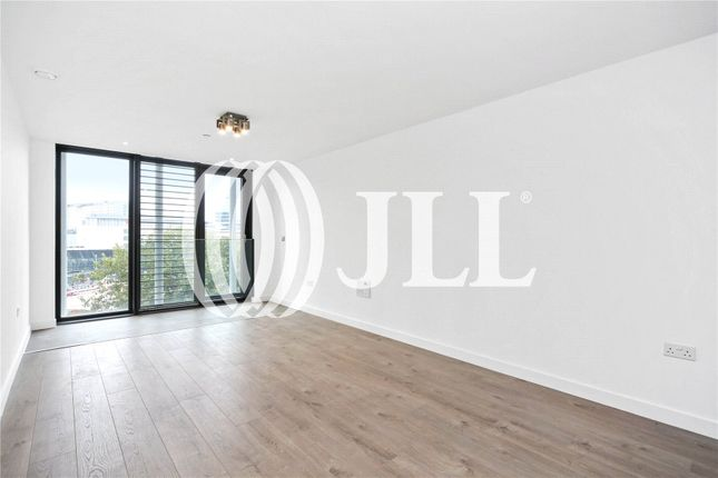 Thumbnail Flat for sale in Stratosphere, Great Eastern Road, London