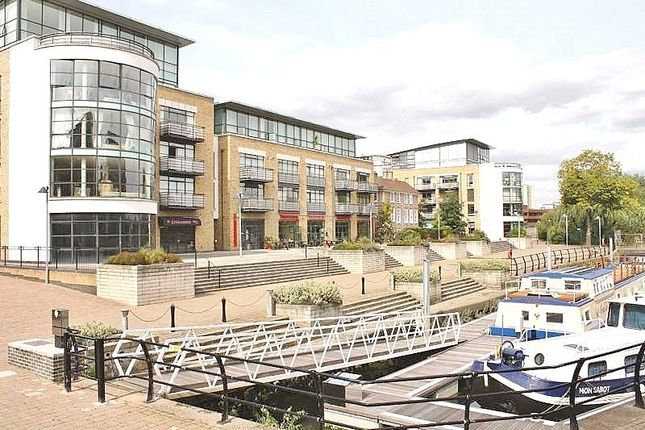 Thumbnail Flat for sale in Town Meadow, Brentford