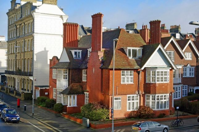 Thumbnail Block of flats for sale in Grand Avenue, Hove