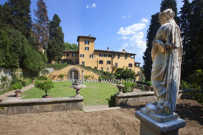 6 bed apartment for sale in Fiesole, Tuscany, Italy