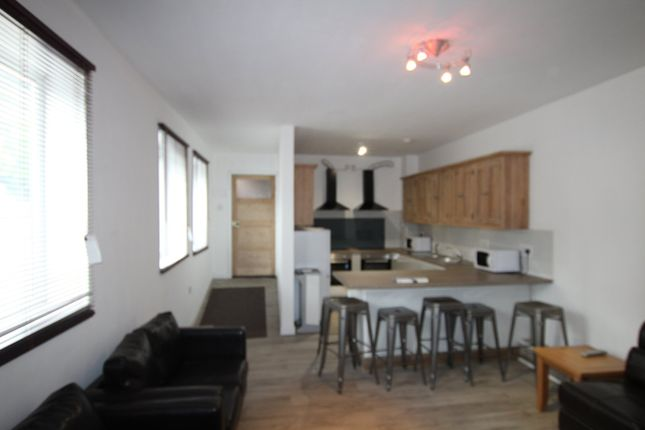 Thumbnail Flat to rent in Maid Marian Way, Nottingham