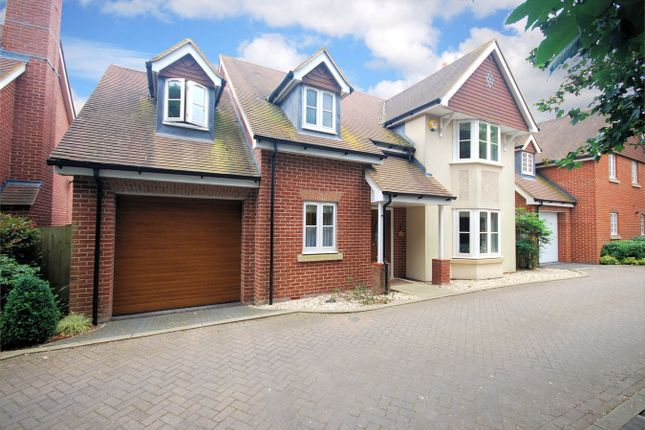 4 bed detached house for sale in Cruickshank Drive, Wendover, Buckinghamshire