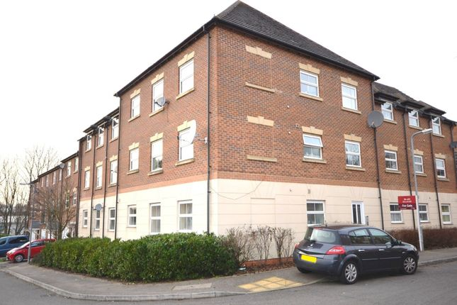 Thumbnail Flat for sale in Bellway Close, Kettering