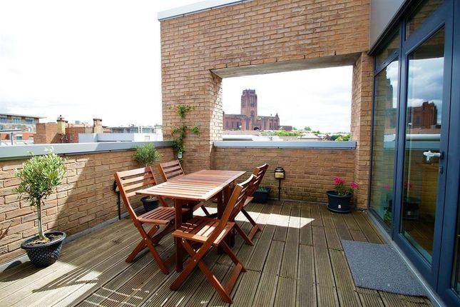 Thumbnail Flat for sale in Tradewind Square, Liverpool