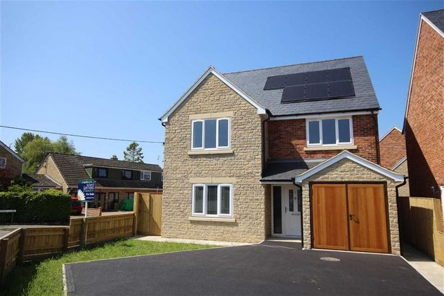 Thumbnail Detached house to rent in Pear Tree Close, Swindon, Wiltshire