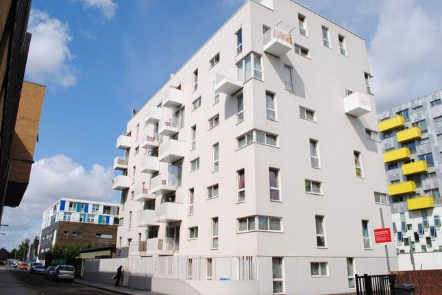 1 bed flat to rent in Axe Street, Barking IG11