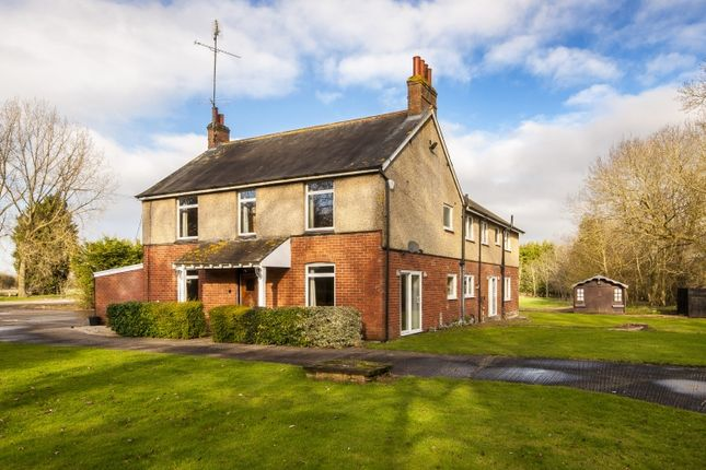 Thumbnail Farmhouse to rent in Cottisford, Brackley