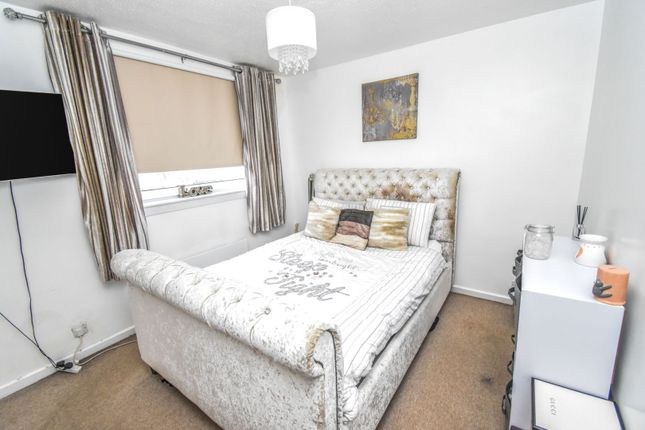 Lounge of Greenlaw Drive, Paisley PA1