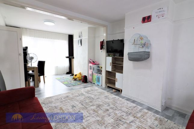 Thumbnail Terraced house to rent in Wellstead Avenue, London