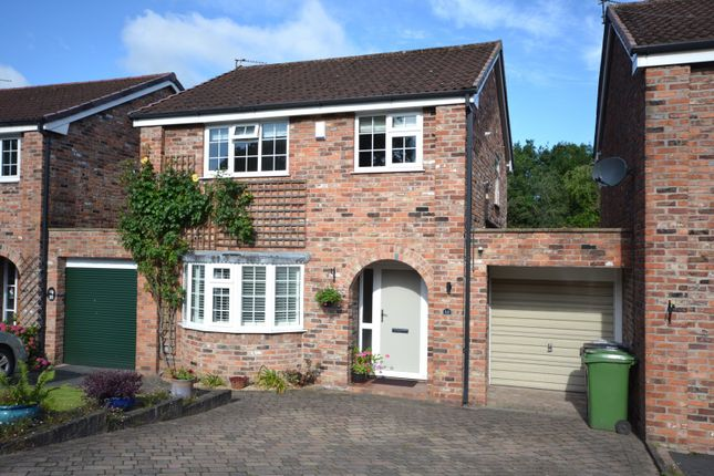 Thumbnail Link-detached house for sale in Netherfields, Alderley Edge